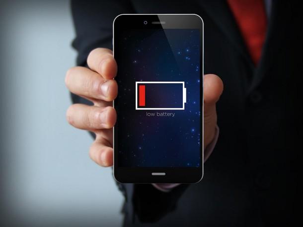 8 معلومات كاذبة عن بطارية هاتفك لا تصدقها أبداً
