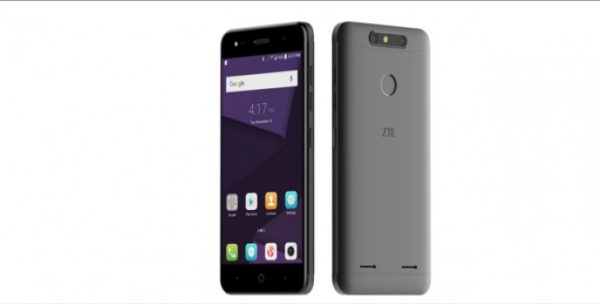 الكشف عن هواتف ZTE Blade V8 Mini و Blade V8 Lite ضمن معرض الهواتف العالمي