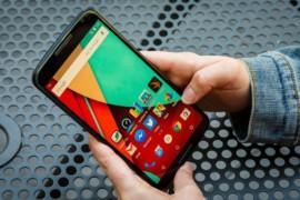 تكنولوجيا جديدة تجعل شاشة الهاتف تقوم بإصلاح هاتفك