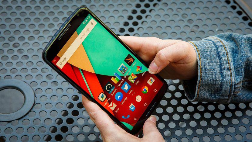 تكنولوجيا جديدة تجعل شاشة هاتفك تقوم بإصلاح هاتفك